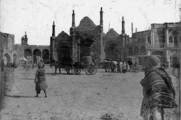 عکس  شکل و شمایل دروازه دولت در دوره قاجار